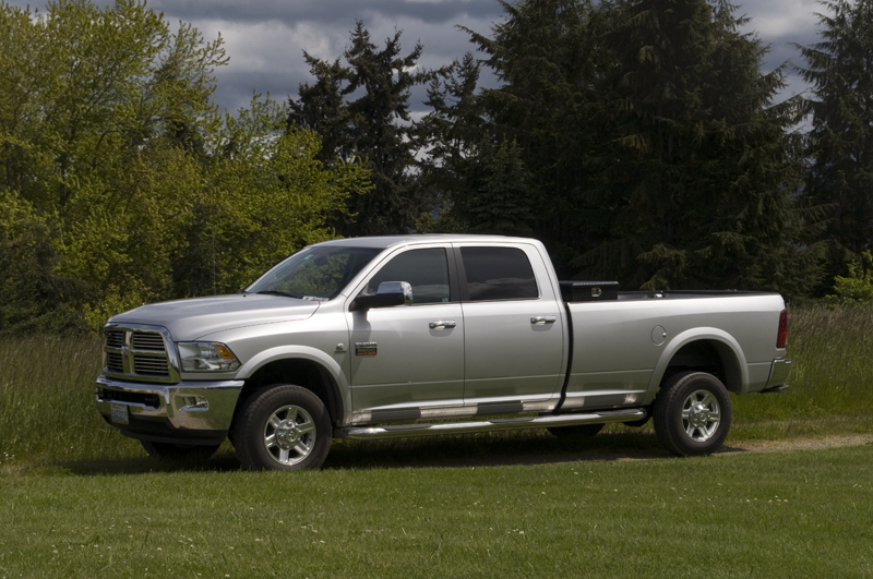 wtw running boards or bars for a megacab dually. Black Bedroom Furniture Sets. Home Design Ideas