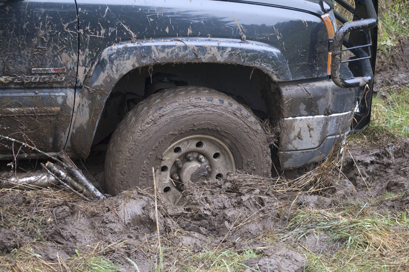 how to avoid getting stuck in mud